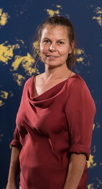 Jacqueline Bischhausen, Administration